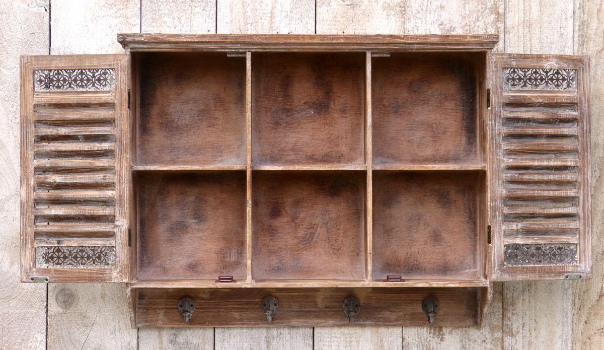 wundervoller wandschrank h ngeschrank k chenschrank shabby chic braun more. Black Bedroom Furniture Sets. Home Design Ideas